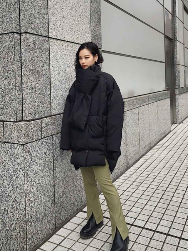 画像: 【ANT】スラックス¥99,000(税込)【ZARA】ブーツ平均価格¥4,990(税込)~ 出典:WEAR