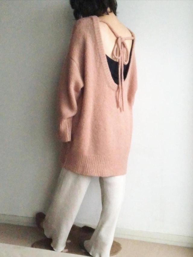 画像: 【ZARA】ニット平均価格¥6,000~【AMERICAN HOLIC】パンツ¥3,289(税込)【Vivian】靴¥2,618(税込) 出典:WEAR