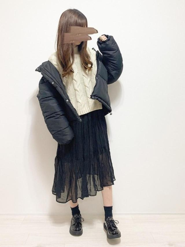 画像: 【GRL】ジャケット¥3,156(税込)【GU】ニット平均価格¥2,189(税込)~【Crisp】ワンピース¥4,950(税込) 出典:WEAR