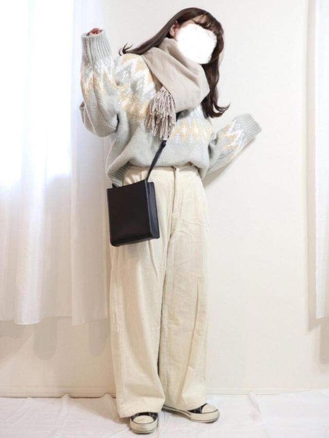 画像: 【GU】ニット平均価格¥2,189(税込)~ボトムス平均価格¥2,189(税込)~【CLEA】バッグ¥3,850(税込) 出典:WEAR