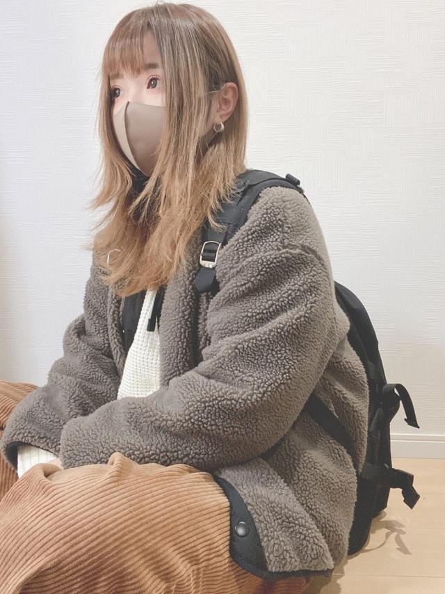画像: 【ハニーズ】ブルゾン¥3,980(税込)【w closet】トップス平均価格¥3,850~【GU】パンツ平均価格¥1,639~【ADRER】リュック¥11,000(税込) 出典:WEAR