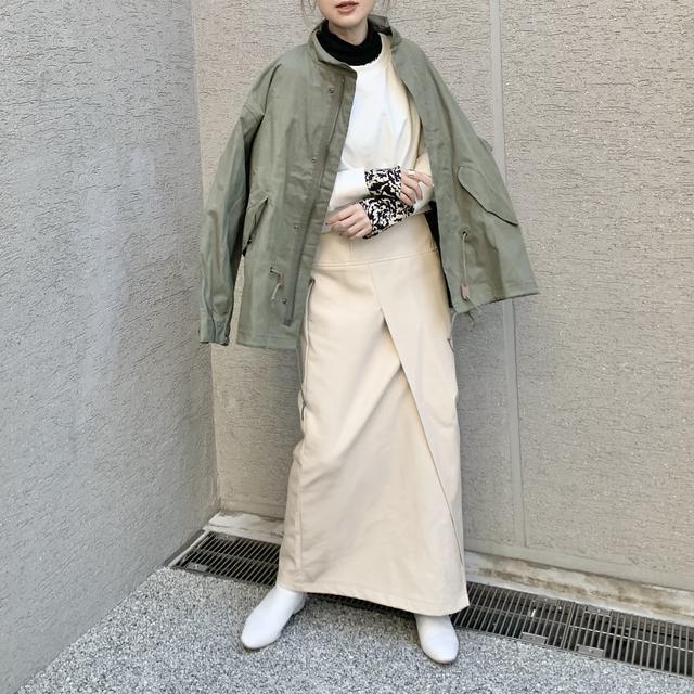 画像2: 【プチプラなのに高見え♪レザースカートの淡色着回しコーデ!】