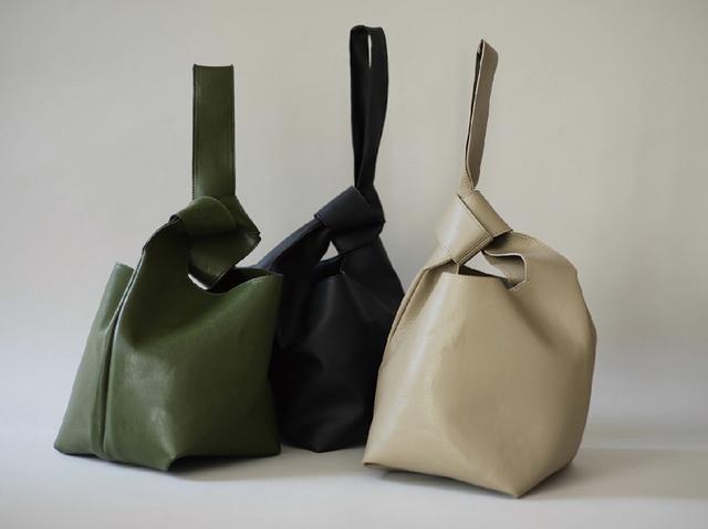 画像: 「Two Bag in Cactus」¥19,800 出典:ミチエ