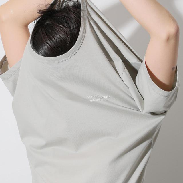 画像: 春夏におススメのロゴTシャツ。高級素材スビンピマコットン素材を使った着心地が特徴¥15,000 出典:fashion trend news