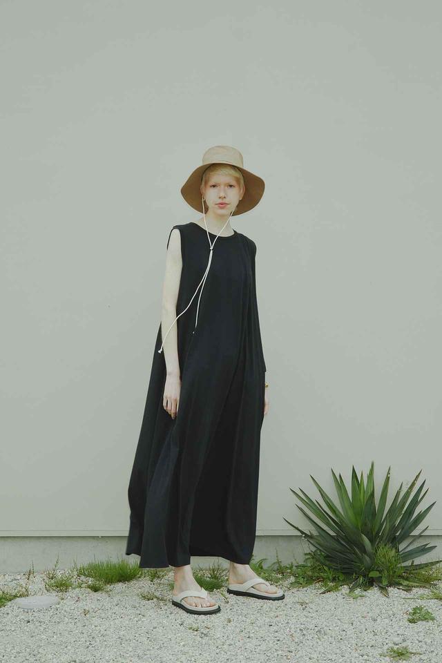 画像: ドレープアシメカットソーワンピース¥13,200(税込) 出典:fashion trend news