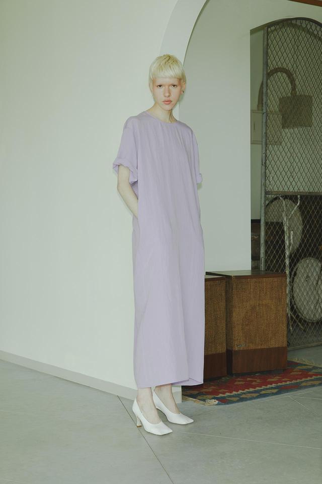 画像: バックツイストワンピース¥24,200(税込) 出典:fashion trend news