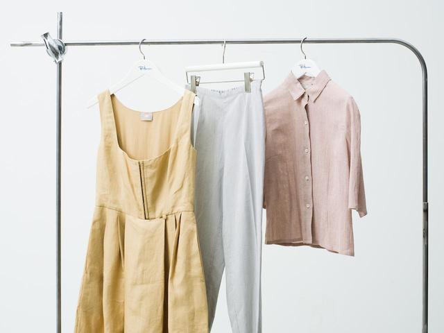 画像: 「Atelier Bomba Exclusive Collection」ドレス¥308,000、シャツ¥132,000、パンツ¥110,000 出典:ロンハーマン