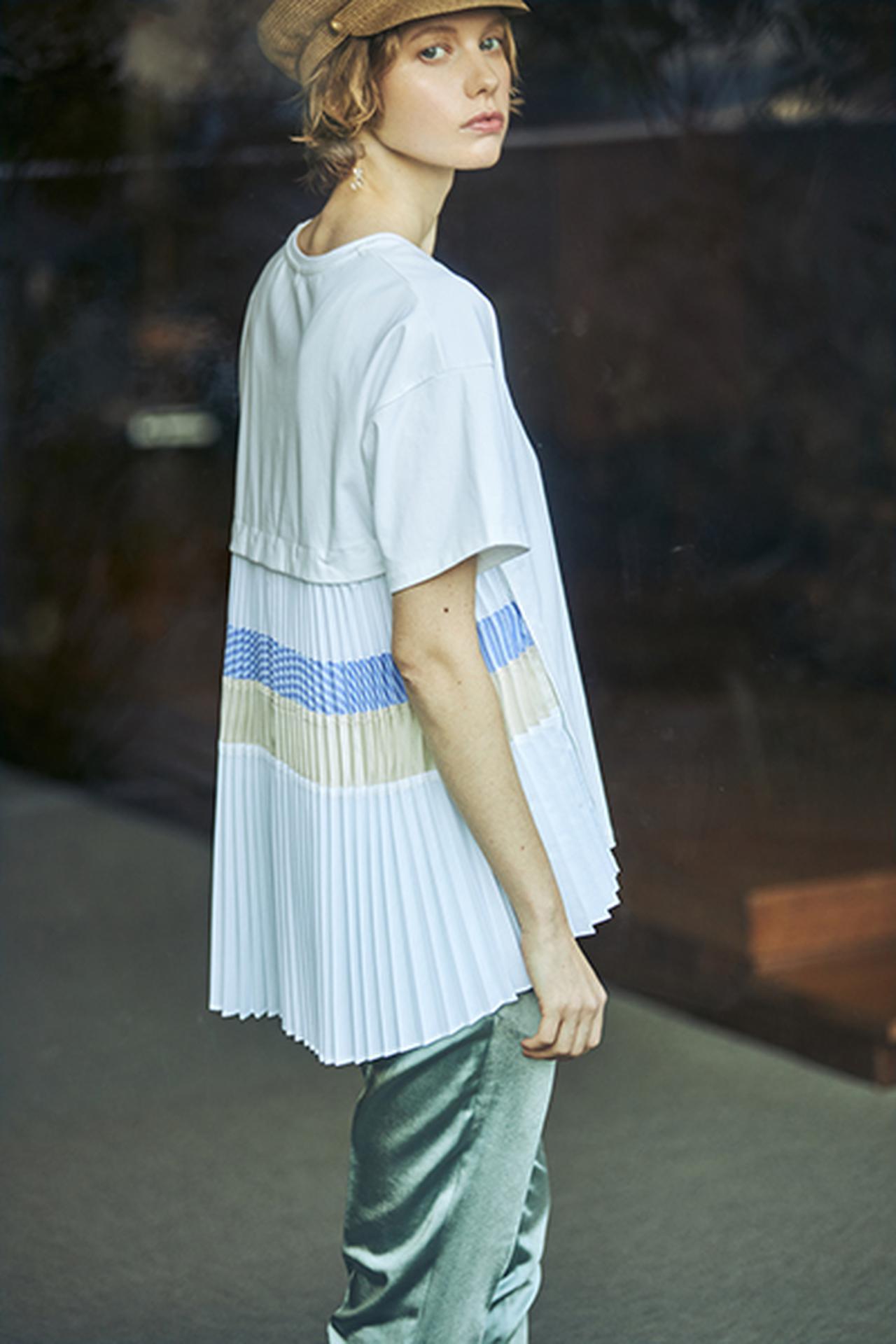 画像: ミックスプリーツハーフスリーブカットソー¥15,950(税込) 出典:fashion trend news