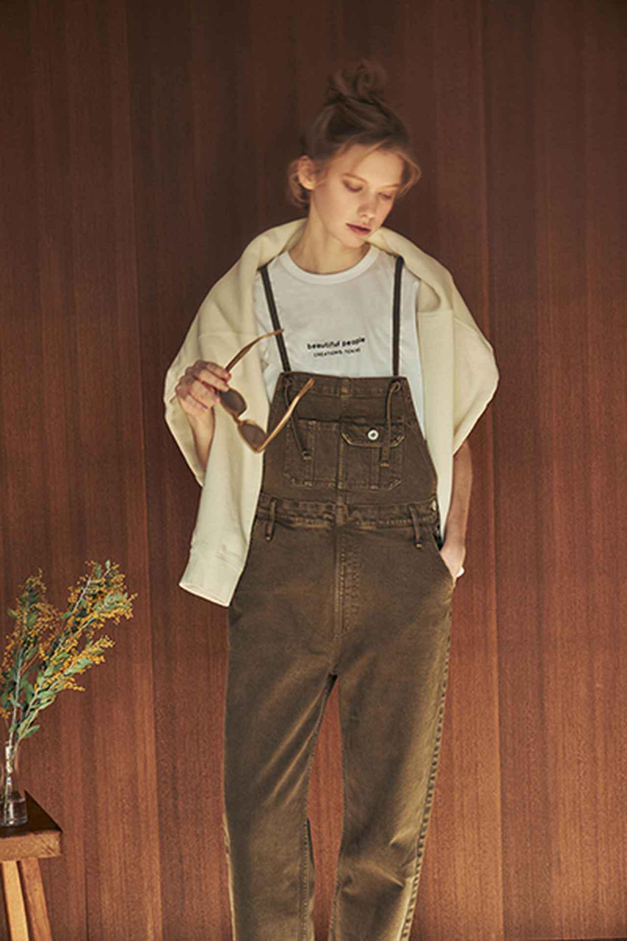画像: ロゴエンブロイダリーTシャツ¥16,500(税込) 出典:fashion trend news