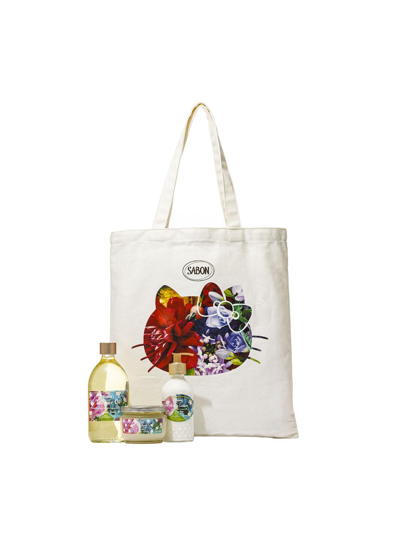 画像: 「ブルーミングキット」(シャワーオイル500mL、ボディスクラブ320g、ボディローション200mL)¥12,980※画像はグリーン・ローズの香り 出典:SABON JAPAN