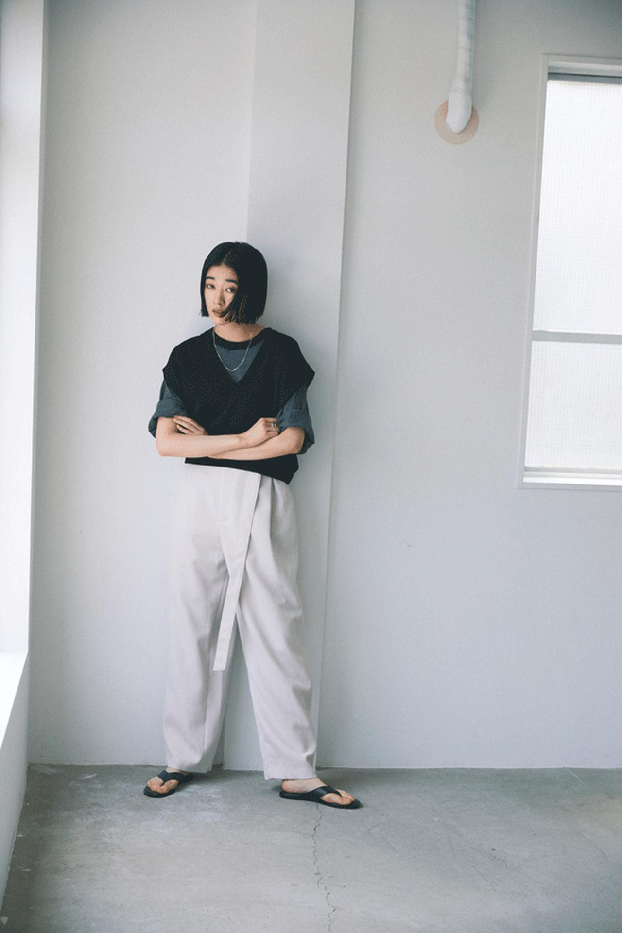 画像: ニット・セーター  ¥ 12,650(税込) 出典: www.rosebud-web.com