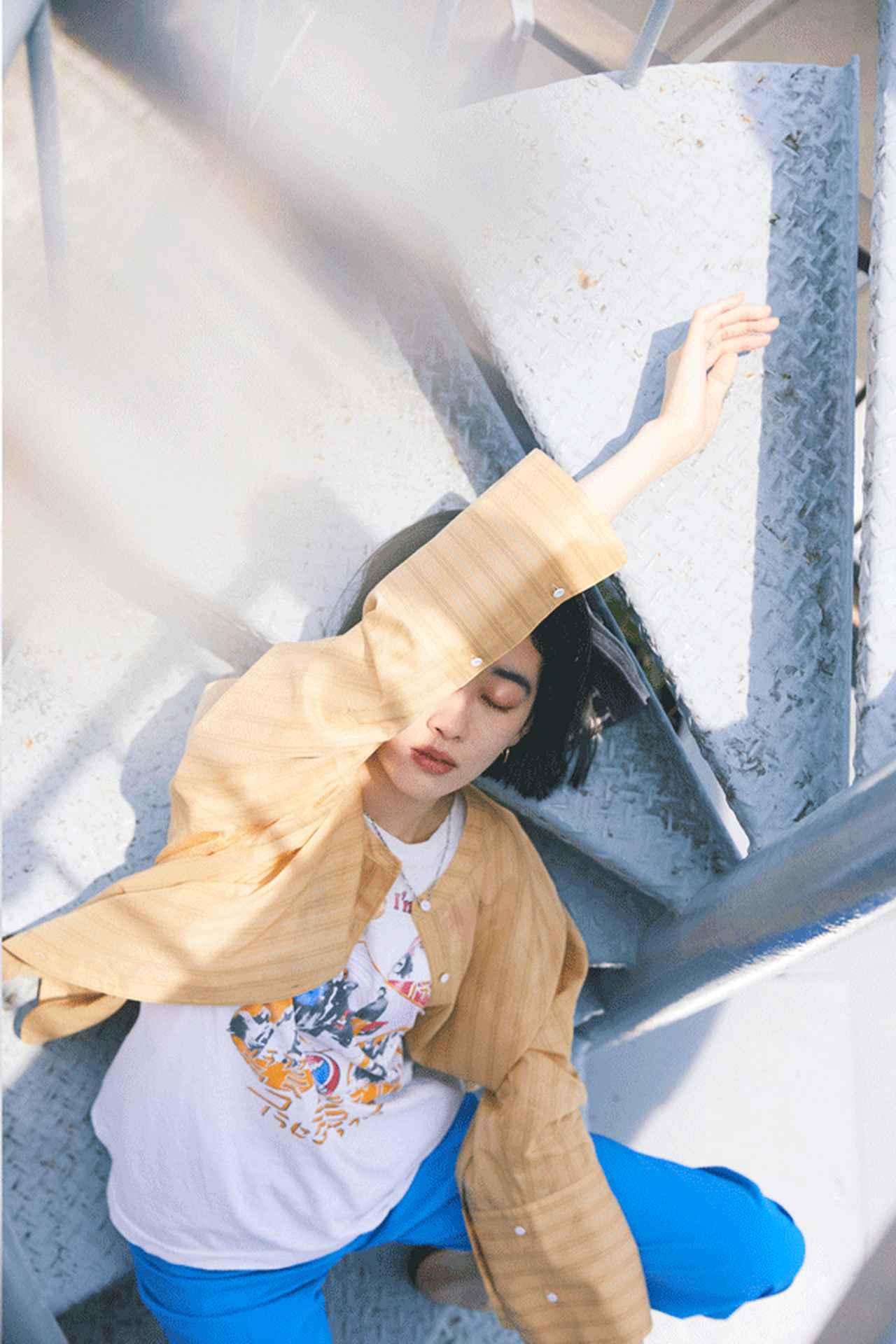 画像: ブラウス・シャツ   ¥ 17,930 出典: www.rosebud-web.com