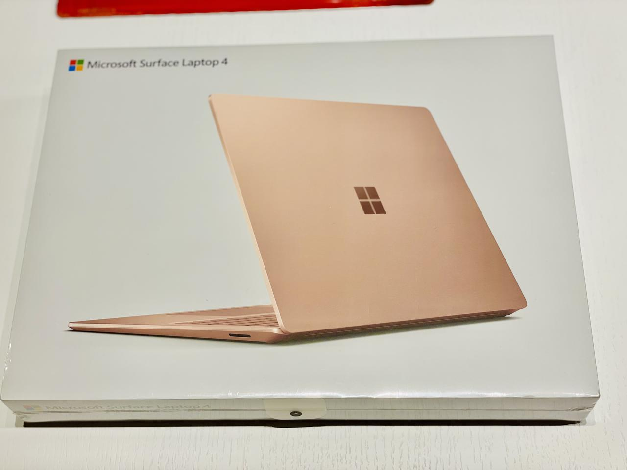 画像: Surface pro7を買いに行ったのに、Laptop4を購入して帰ってきました。