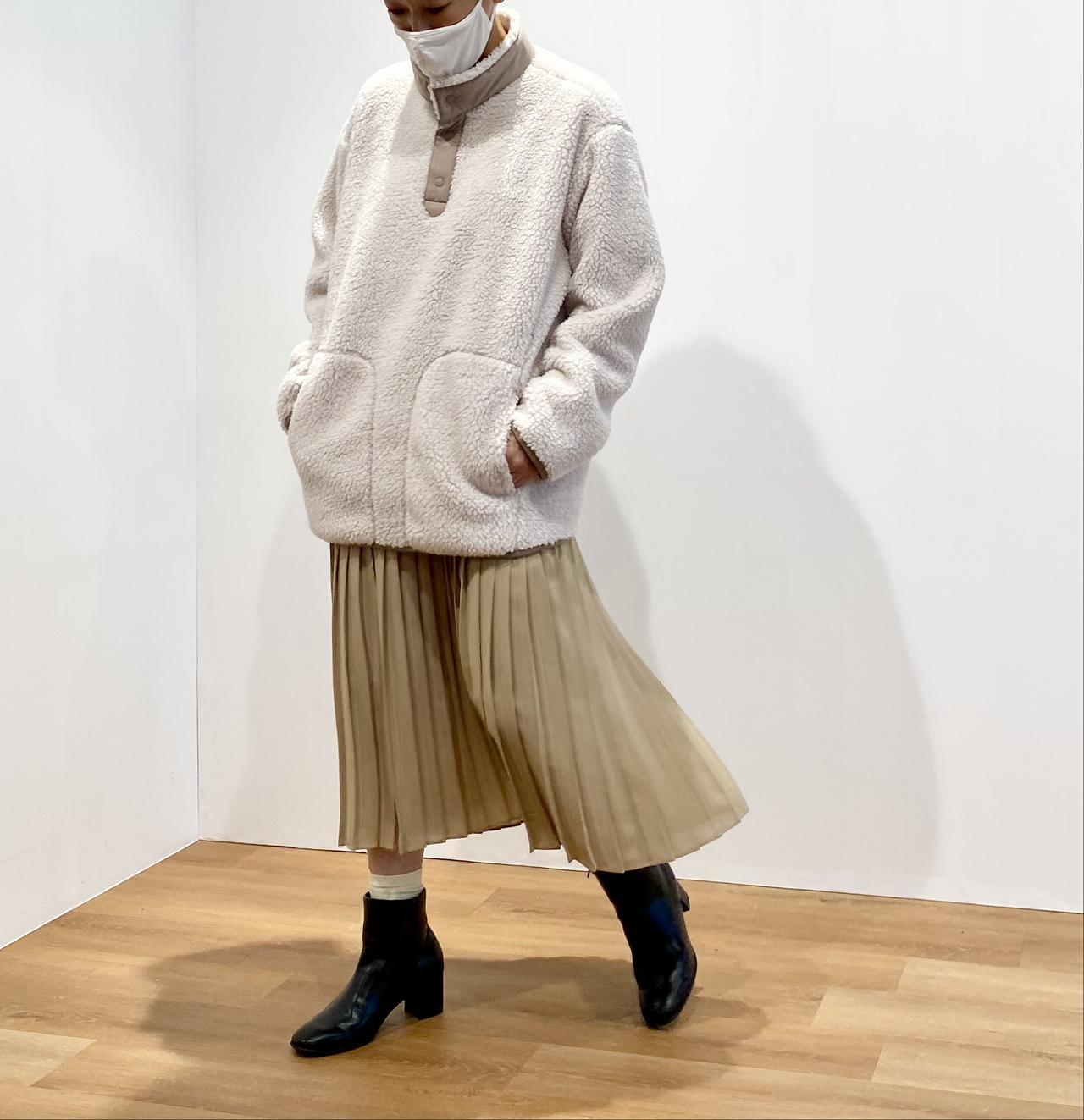 画像1: フリースオーバーサイズプルオーバー¥2,990/ユニクロ(ユニクロ アンド ホワイトマウンテニアリング) 出典:fashion trend news