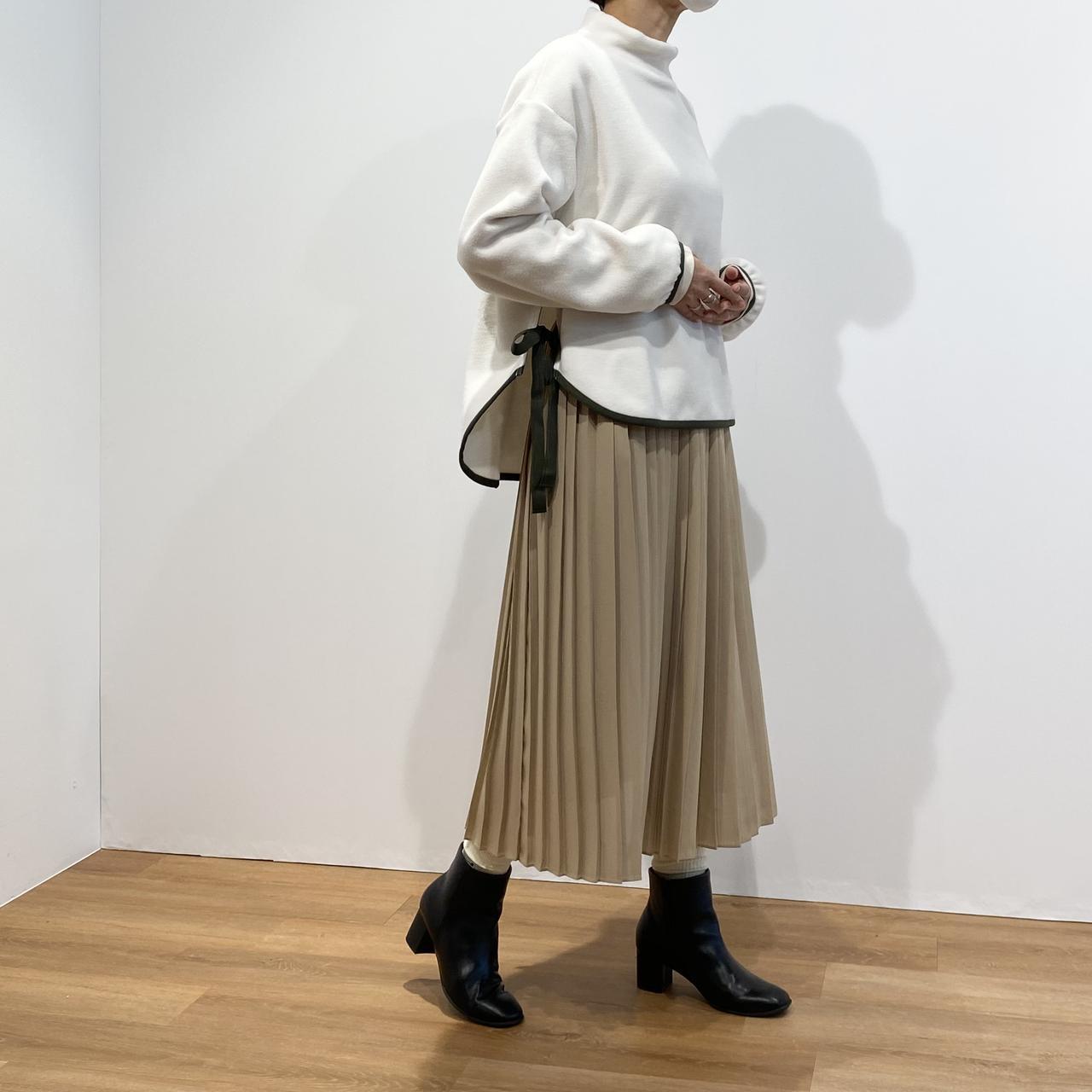 画像: フリースオーバーサイズモックネックプルオーバー¥2,990/ユニクロ(ユニクロ アンド ホワイトマウンテニアリング) 出典:fashion trend news