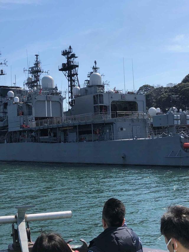 画像1: 海軍ゆかりの港めぐり遊覧船!