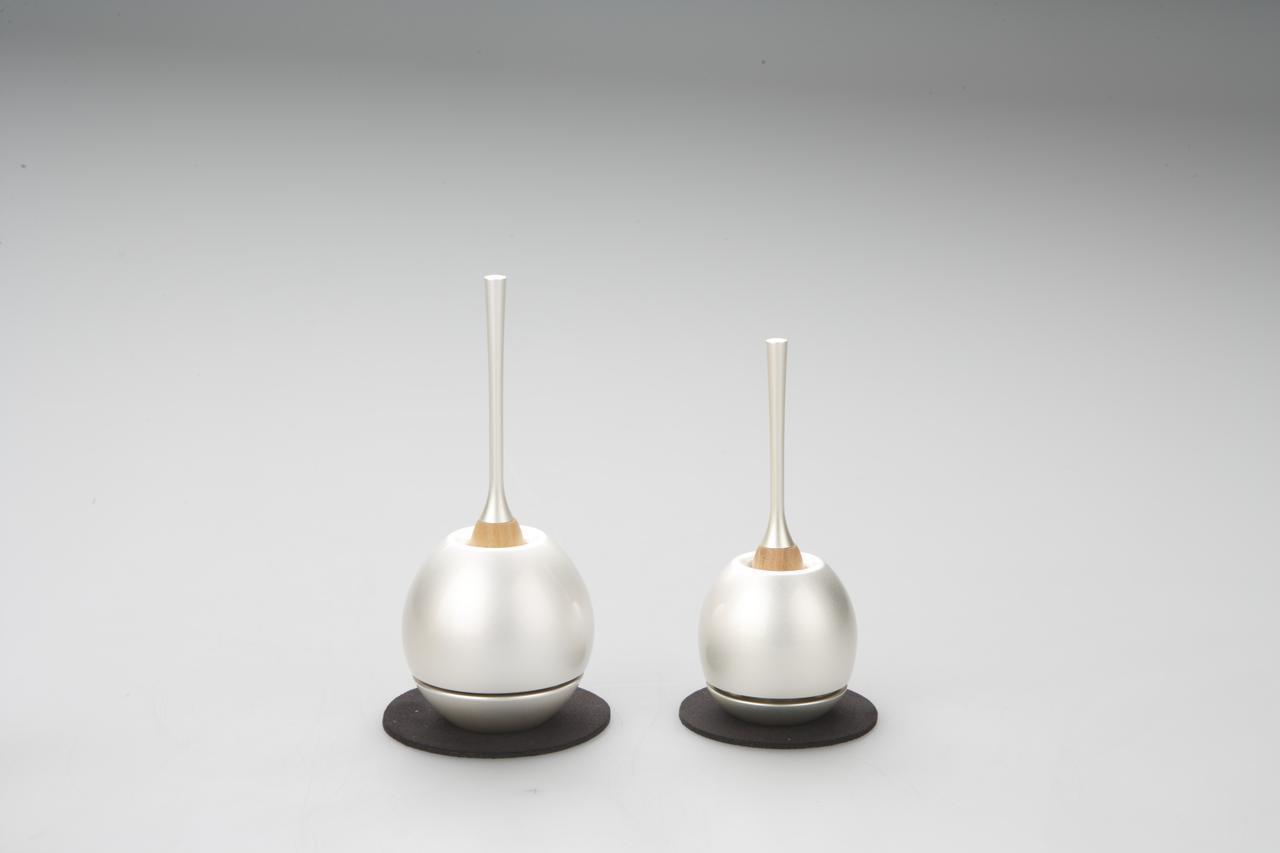 画像: 左:Cherin(銀色) 右:Cherin mini(銀色)