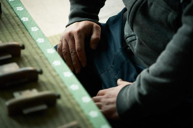 画像1: 19歳で親方に。暗中模索の末に気付いた畳作りの面白さ