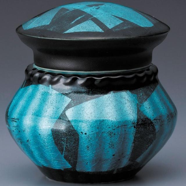 画像6: Lien - 故人を偲び語りかけられる洗練されたデザインの骨壷