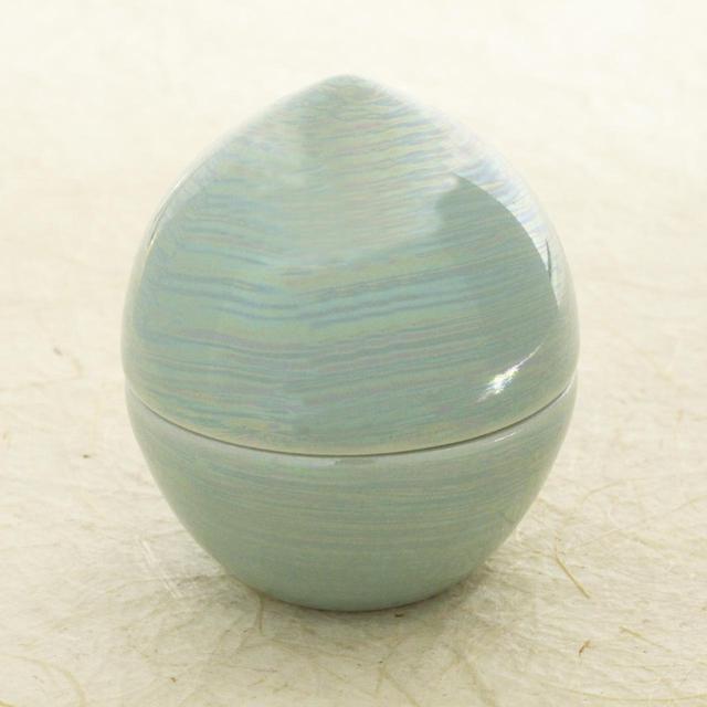 画像13: 虹珠 - 思い出とともに遺骨や形見の品を納めておける小さなしずく