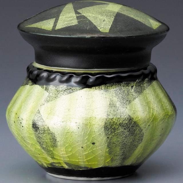 画像4: Lien - 故人を偲び語りかけられる洗練されたデザインの骨壷