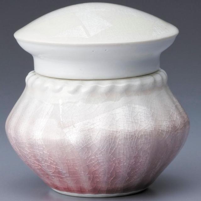 画像14: Lien - 故人を偲び語りかけられる洗練されたデザインの骨壷