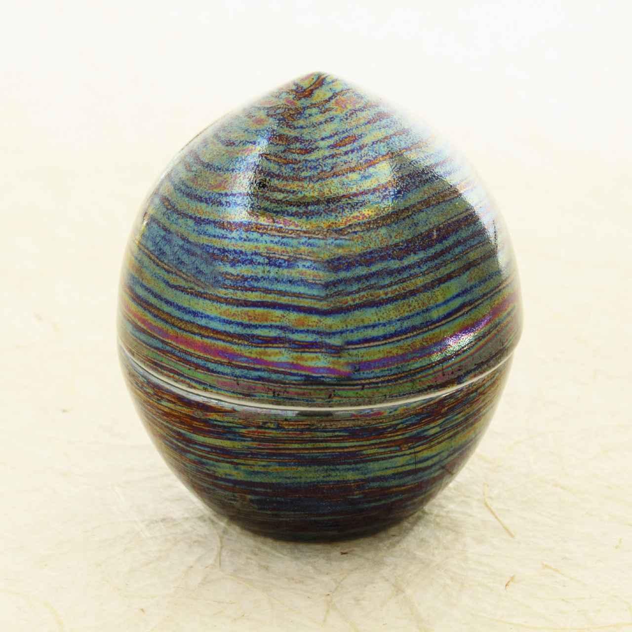 画像14: 虹珠 - 思い出とともに遺骨や形見の品を納めておける小さなしずく