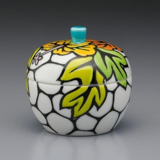 画像6: ラ・ポーム - 大切な記憶を包み込む九谷焼の骨壷
