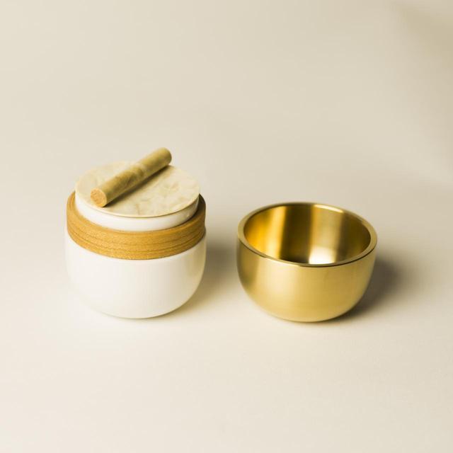 画像5: 繭環 - 現代の暮らしに寄り添う骨壷と「新五具足」