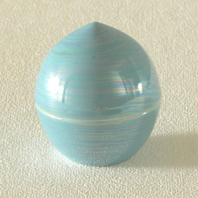 画像1: 虹珠 - 思い出とともに遺骨や形見の品を納めておける小さなしずく