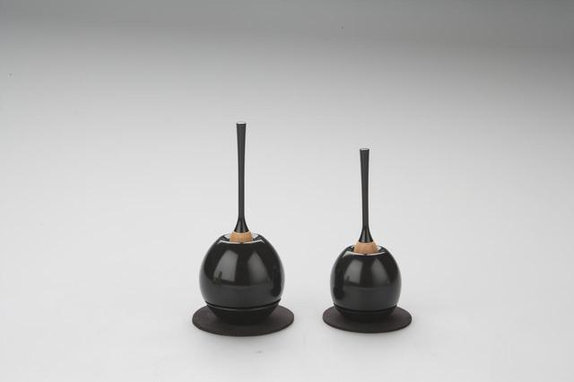 画像: 左:Cherin(黒色) 右:Cherin mini(黒色)