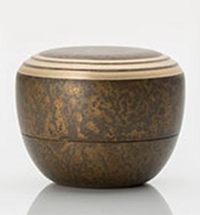 画像: カナタ - 趣ある色合いと高い品質。高岡銅器の骨壷