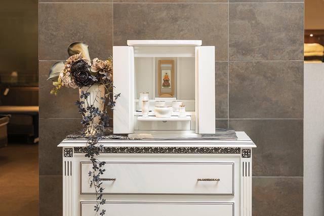 画像: メモリーナ - 家具のようにお部屋に馴染むモダンスタイル仏壇/フランスベッド株式会社