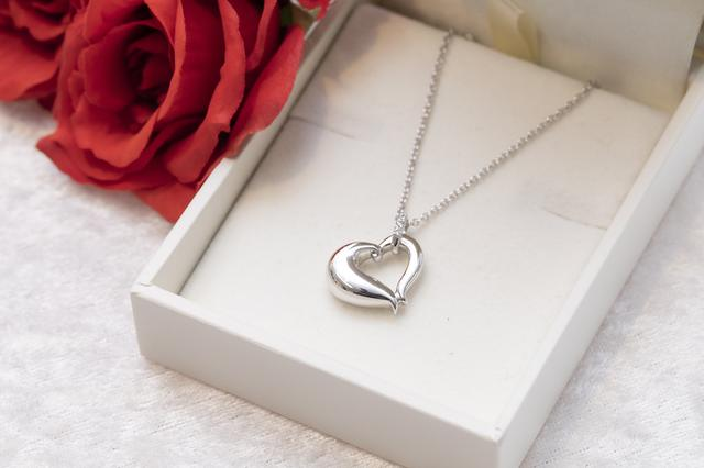 画像2: Soul Jewelry-つい触れてみたくなる!大切な方を身近に感じる、美しいジュエリー。