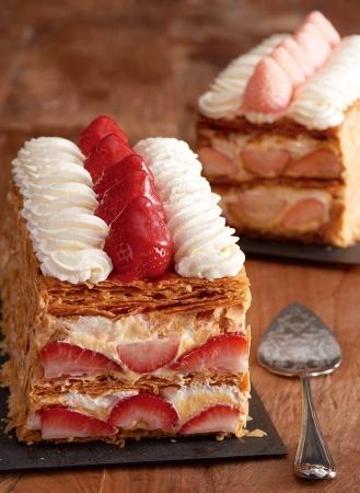 画像1: レストランならではの作りたてを味わうキハチの冬限定パイ