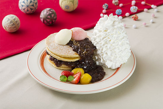 画像: 華やかに彩る和風パンケーキが登場! 「ニューイヤーズぜんざいパンケーキ」 1月1日(火)~1月15日(火)期間限定販売 - Eggs 'n Things 【公式】