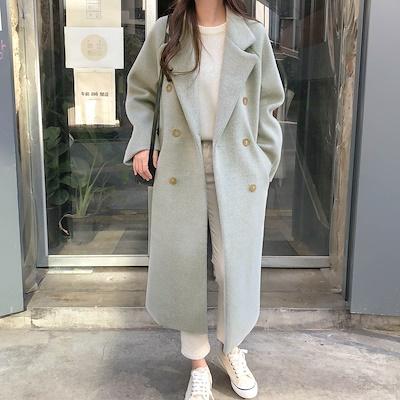 画像: くすんだミントカラーがとってもおしゃれなチェスターコート。シンプルなデザイン+しっかりとした厚手の生地なので、何シーズンも着こなせそうです。