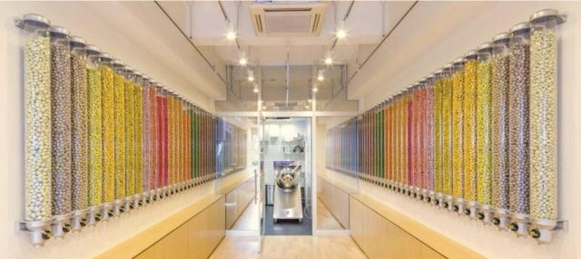 画像1: 自分で詰められる新感覚の高級チョコボール専門店がオープン!