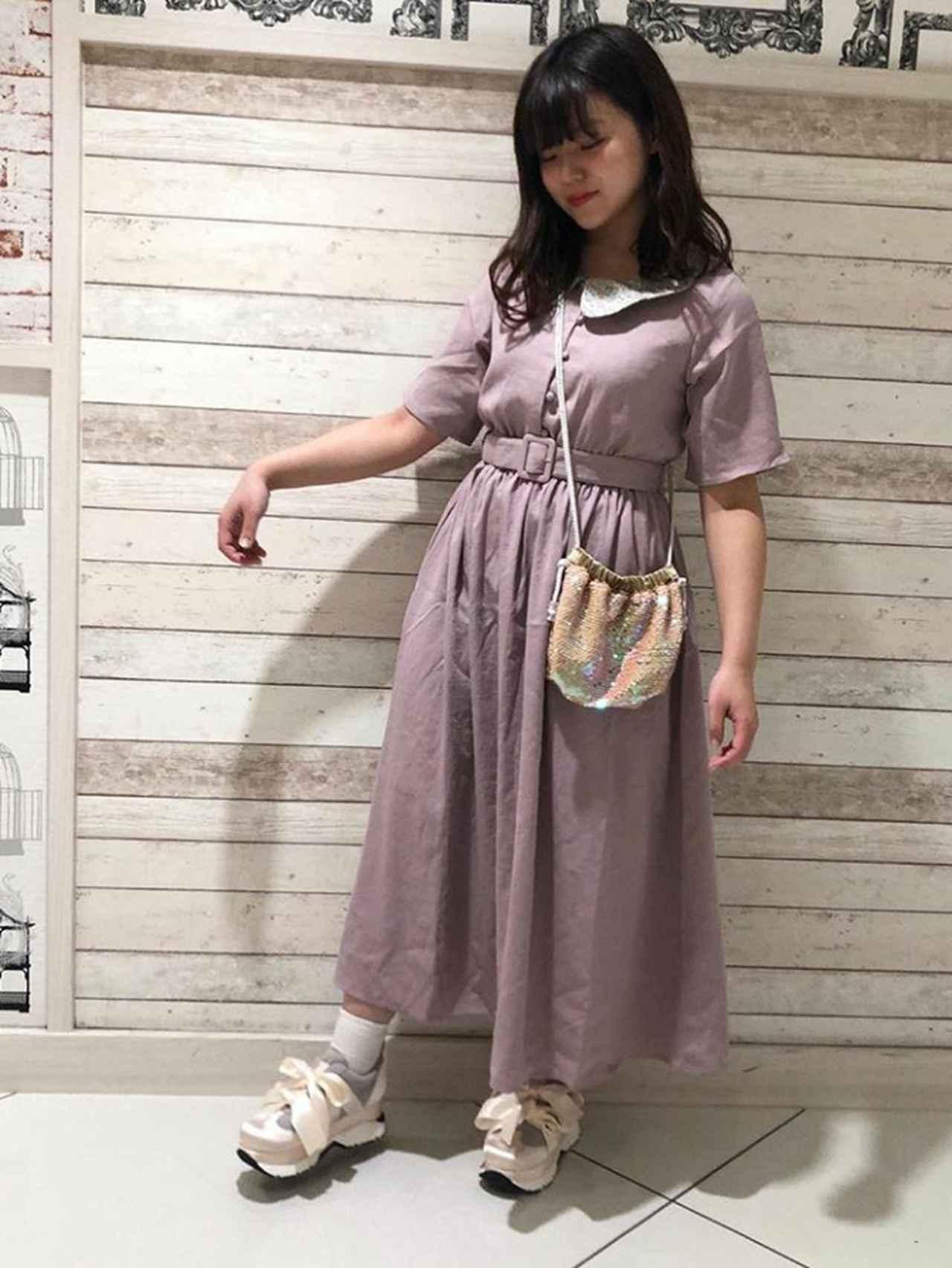 画像3: ファッションに合わせて選ぶ☆足元のオシャレは動きやすいスニーカーに注目!