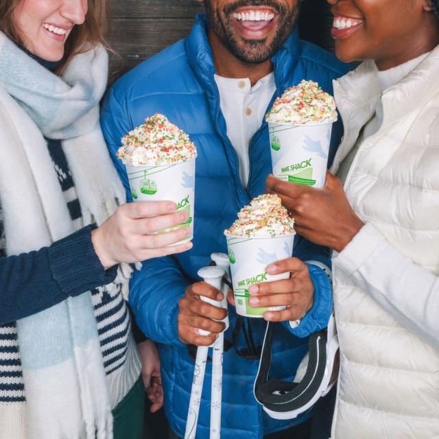 画像3: 【シェイクシャック】アメリカのクリスマスでお馴染みの味をホリデー限定シェイクに。「クリスマスクッキー」で海外のクリスマス気分を味わおう!
