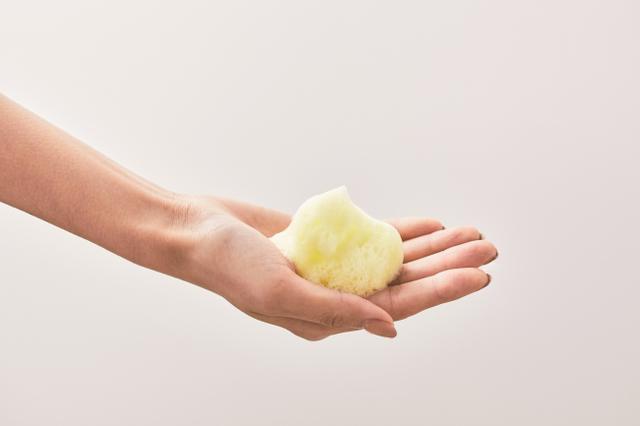 画像2: 業界初*!熱の力で酵素がパワーアップする酵素洗顔。温感泡で毛穴汚れをじゅわっと溶かす「ホットウォッシングパウダー」新発売