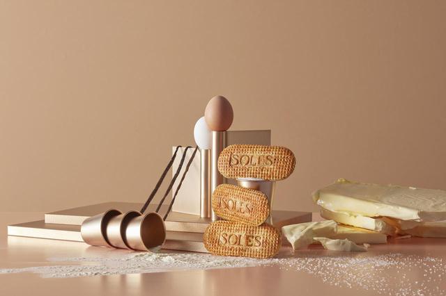 画像1: 日本のゴーフレットの常識を覆すしっとり食感!バターゴーフレット専門店「SOLES GAUFRETTE」