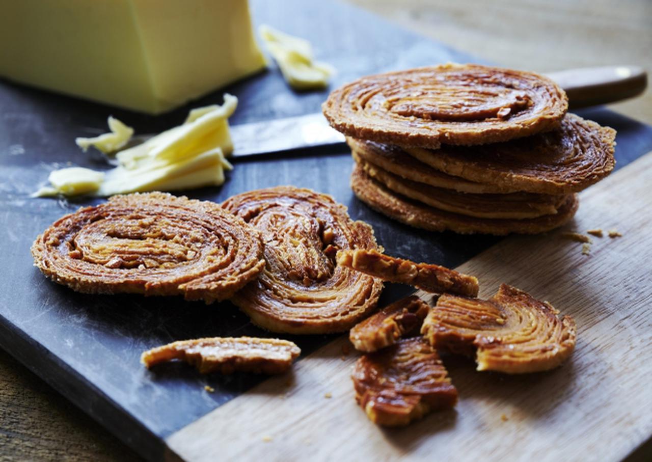 画像1: 【パティスリー キハチ】バター風味豊か!ザクッとした食感の「キハチバターバターバターパイ」
