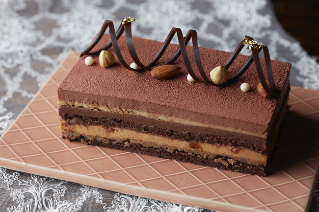 画像3: ご家族やグループでお楽しみいただけるケーキ