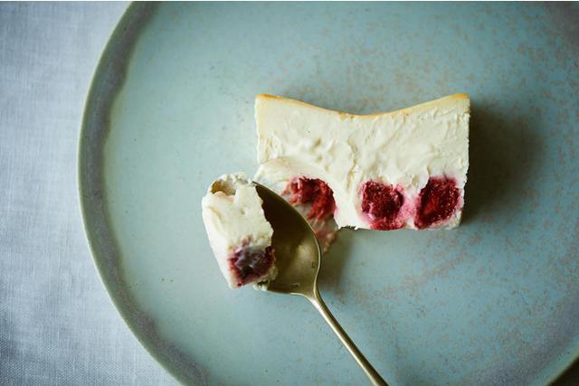 画像: 限定フレーバー「Mr. CHEESECAKE Lychee milk Strawberry」