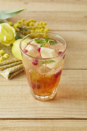 画像1: Afternoon Tea TEAROOM 桃、パッションフルーツを使ったさわやかな春のアイスティー