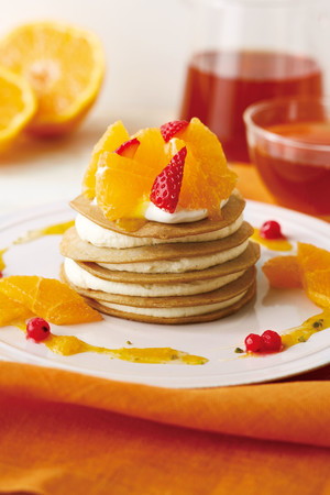 画像: Afternoon Tea LOVE&TABLE 柑橘といちごの春スイーツ