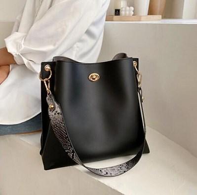 画像: [Qoo10] ファッションレディースショルダーバッグ : バッグ・雑貨