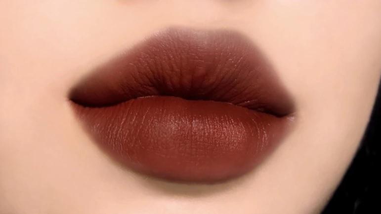 画像: 人気のM2ジェインチリは肌馴染み良いカラー