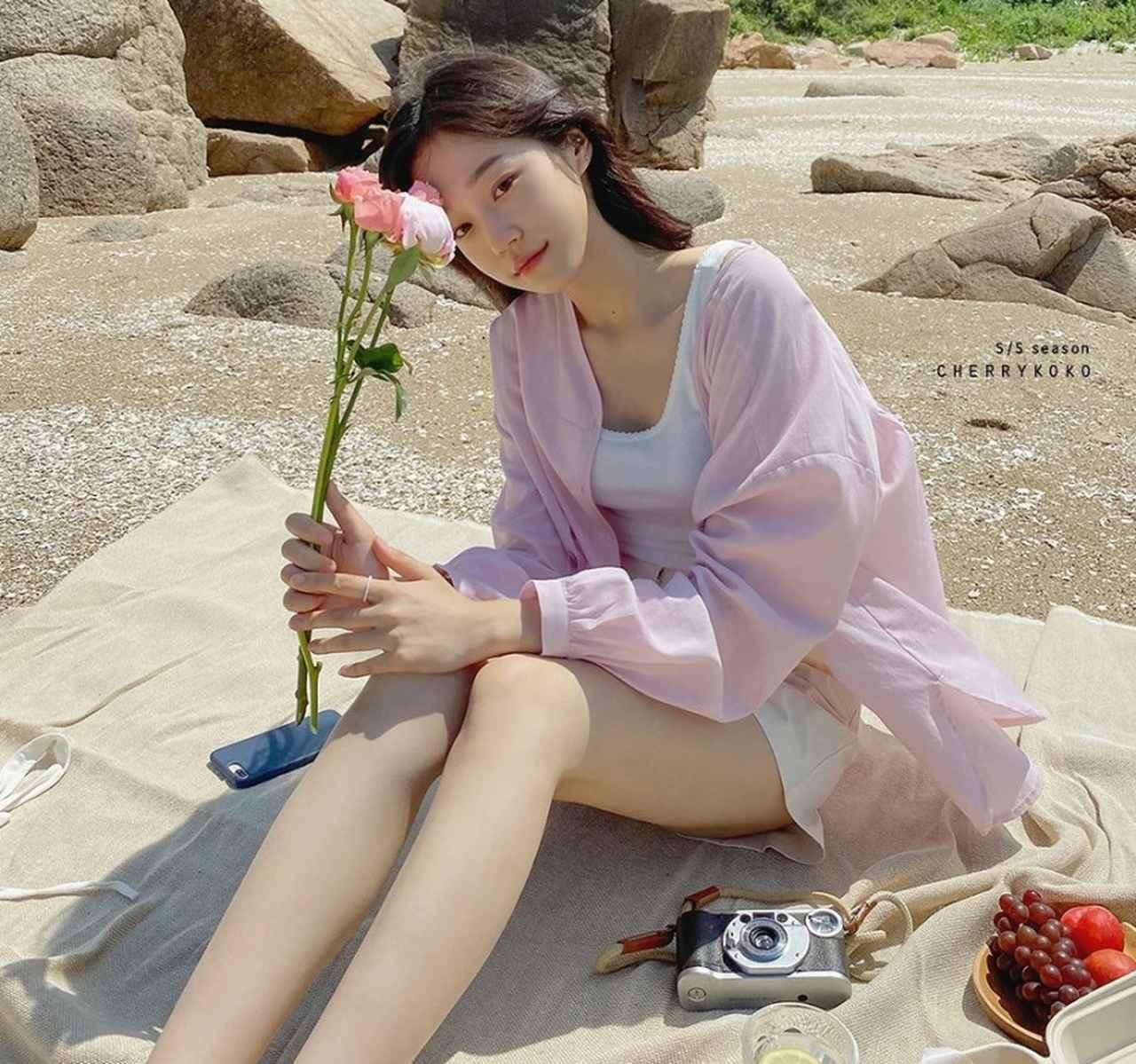 画像2: ロマンチックでトレンディなシルエットが魅力、「CHERRY KOKO」の秋スタイル